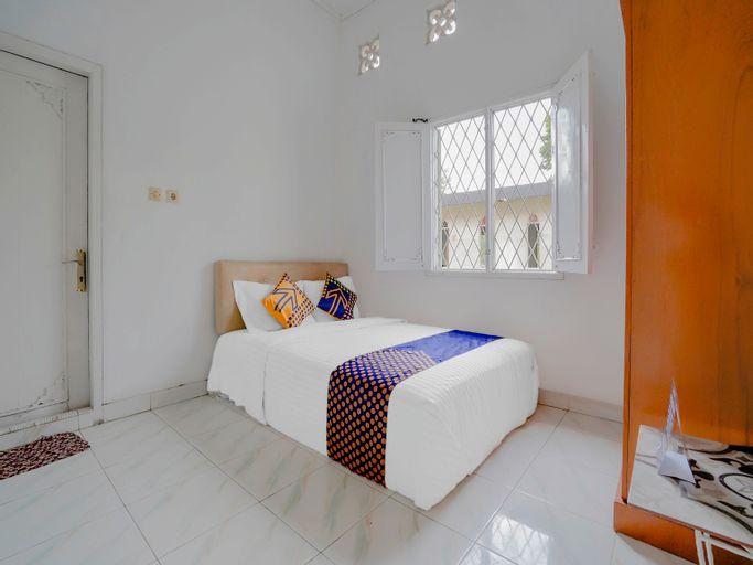 OYO 3889 D'ratna Resort, Cianjur