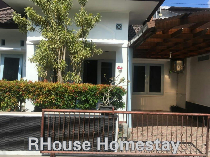 RHouse Homestay, Sleman