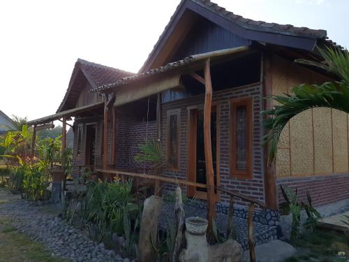 Surf Camp and surf school in west bali, Jembrana