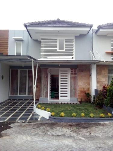 Vila Monex, Malang