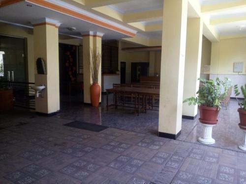 Permana Homestay & Basecamp, Kediri