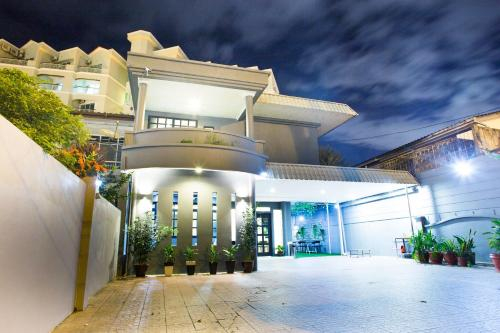 G Beach Front Villa, Pulau Penang