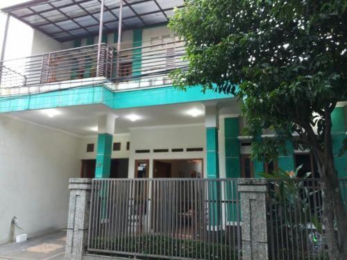 Seventeen homestay, Bandung