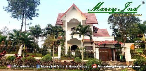 Villa Marry Ind Puncak Buring, Malang