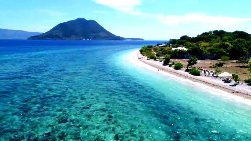 Pantai Sebanjar Bungalow, Alor