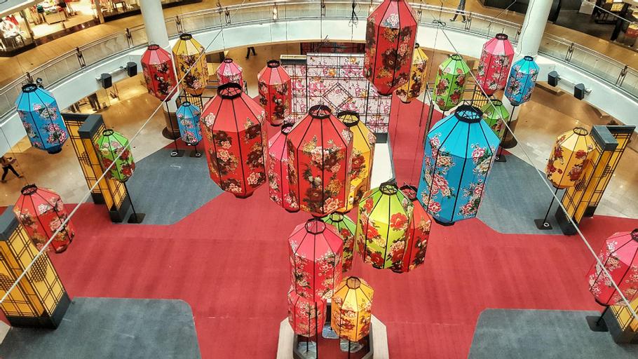 Sunway Suriamas luxury condo homestay, Kuala Lumpur