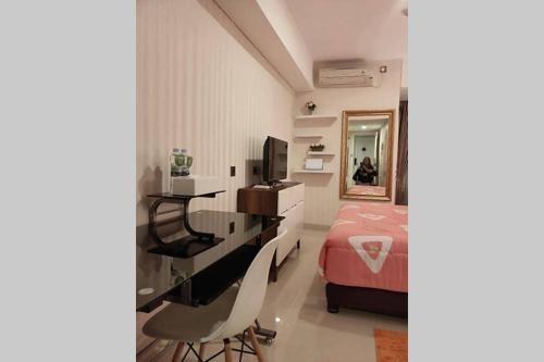 Simplistic Homey Downtown Apartment, Semarang
