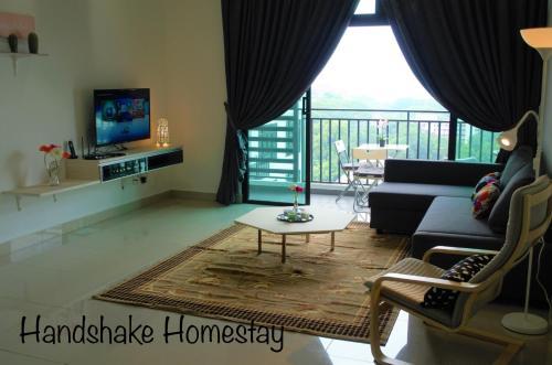 Handshake homestay @Citywood Sea& Singapore View, Johor Bahru