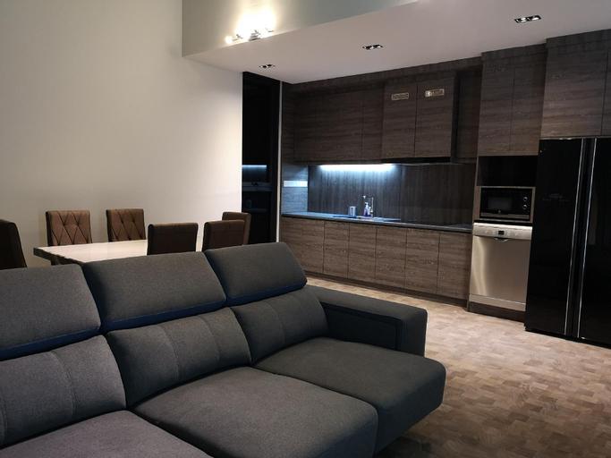 Luxury Honeymoon Suites KLCC Expressionz 2BR 4pax, Kuala Lumpur