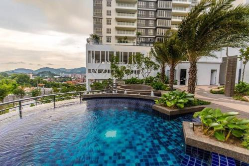 Luxurious 3-bedroom Condominium Unit@Batu Maung, Barat Daya