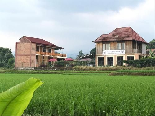 Homestay Syariah Bumi Kayu, Sukabumi