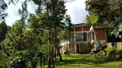 Villa Bokiko, Bogor