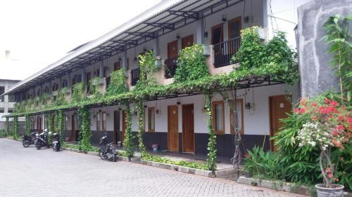 Taman Paradise Guest House, Surabaya