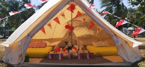 Exclusive Glamping Studio (Pet-friendly), Bedok