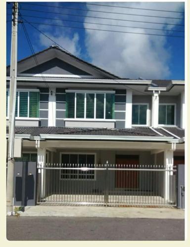 ray's homestay, Sibu