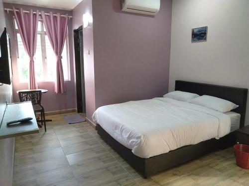 Purple Dream Home, Kuala Langat