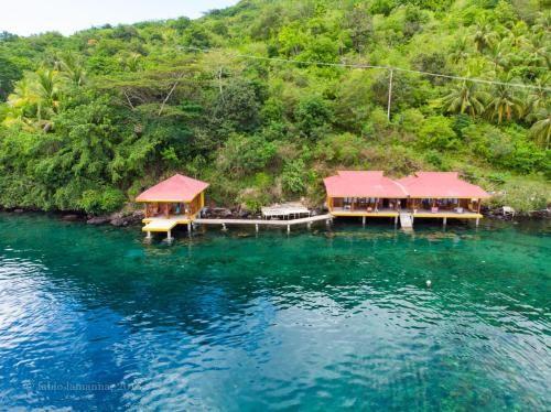 allan Bungalow, Maluku Tengah