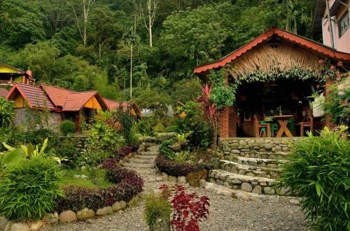 Lucky Bamboo Guest House, Langkat