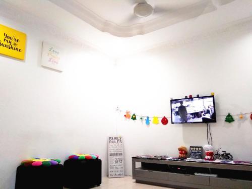 H Homestay Sibu - 100Mbps Wifi, Full Astro & Private Parking!, Sibu