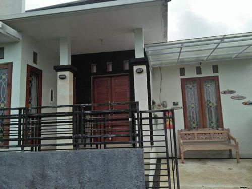 Guest House Rentals, Tabanan