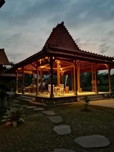 Bhumi Kasuryan, Magelang