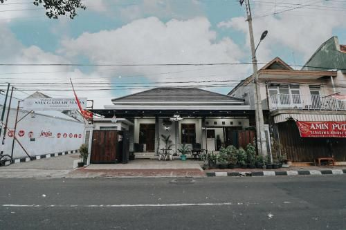 Griya Suryo Wijilan, Yogyakarta