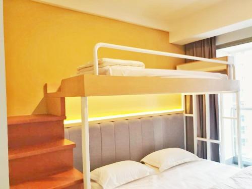 Brand new Gold Coast Apartment near Airport + Wifi, Jakarta Utara