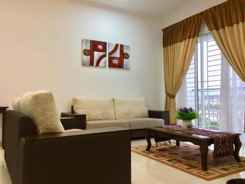 Sue'es Guest House, 7 Tree Seven Residence, Hulu Langat