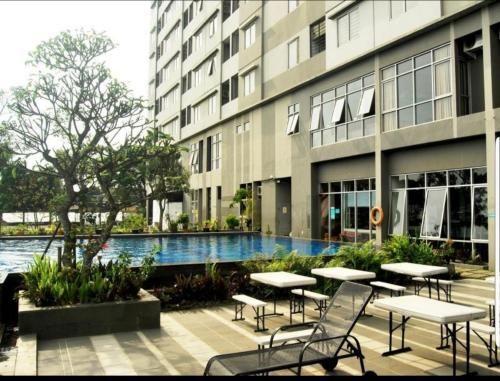 Cozy Place at The Edge Apartment Baros, Cimahi