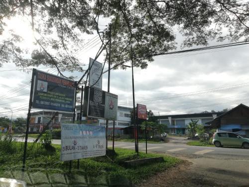 The Lodge Taman Flash Gordon Penampang, Penampang