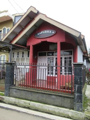 Raflesia Homestay, Wonosobo