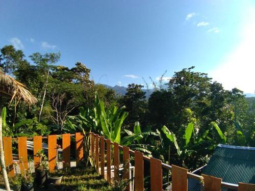 Bale Ule Tetebatu, Lombok