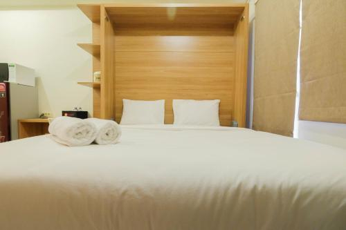 Modern Studio Apartment 26th on Top of Green Pramuka Mall by Travelio, Central Jakarta