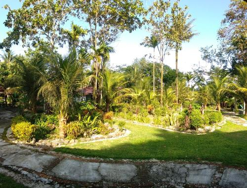 Ombak Indah Resort, West Lampung