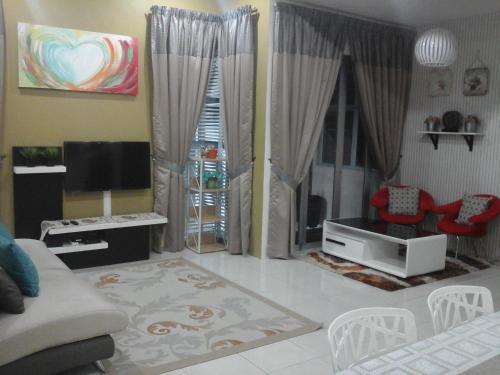 Miker Homestay, Perak Tengah