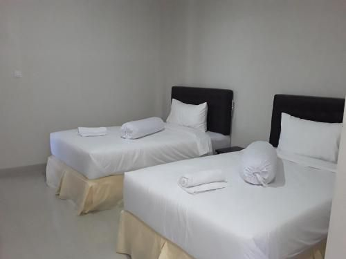 Victory Hotel, Manggarai