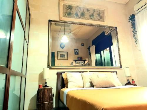 Couples Getaway - Charming Bali Vintage Vibe Villa, Depok