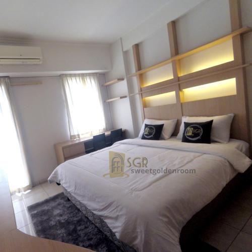 sweet golden room, Depok