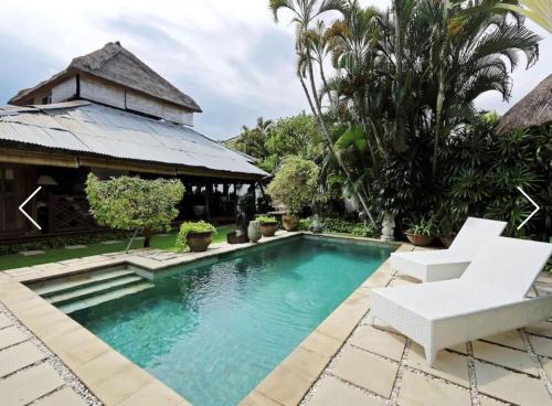 TropicalSeminyak Homestay, Badung