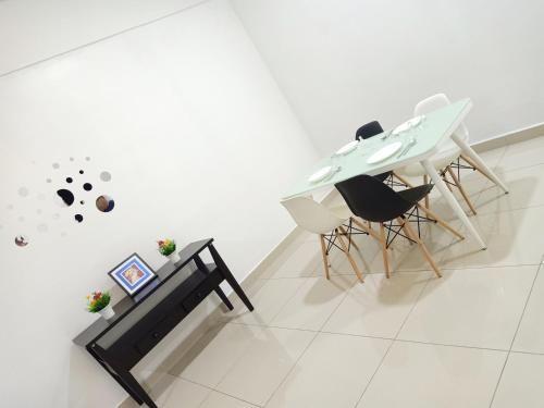 J&A Green & Refreshing Home with 3 rooms 7 pax BM, Seberang Perai Tengah