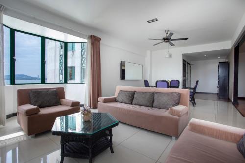 Hin Loi @ Likas Square Apartments, Kota Kinabalu
