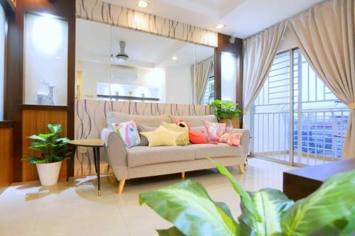 轻奢北欧 Luxury Nordic 3BR KLCC View next2 Velocity IKEA MyTown, Kuala Lumpur