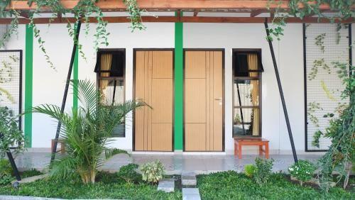 Simply Homy near Kotagede ( 8bedrooms 5minutes to Kota Gede), Yogyakarta