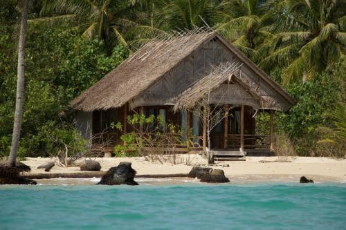 Hidden Bay Resort Mentawais, Kepulauan Mentawai