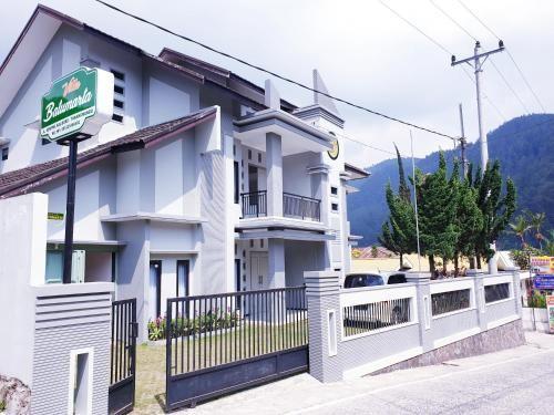 Villa Batumarta, Karanganyar