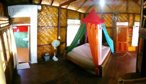 Eriono guest house Bukit lawang, Langkat