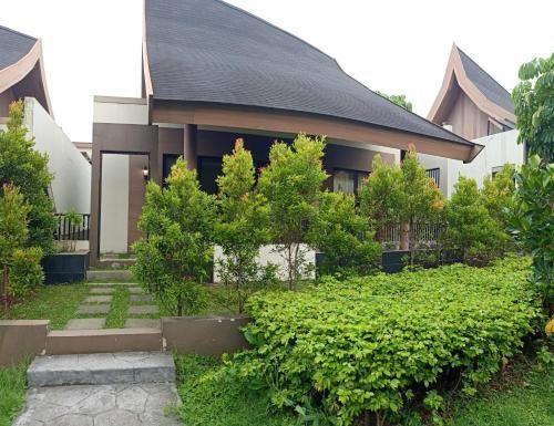 Vimalla Hills Villa & Resort Megamendung Puncak, Bogor