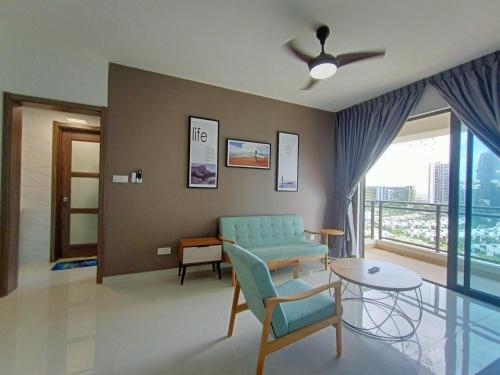 Forest City Starview Bay Seaview Deluxe Room King Size Bed, Johor Bahru