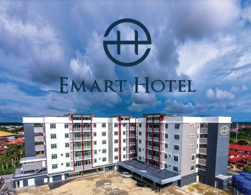 Emart Hotel (Riam), Miri