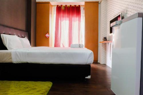 Great Location Sunter Park View Studio Apartment By Travelio, Jakarta Utara